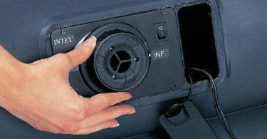Aufbauanleitung Intex Luftbett Bild von Drehschalter an Luftmatratze
